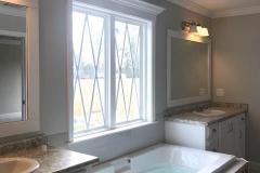 14-barrett-lane-master-bathroom-tub