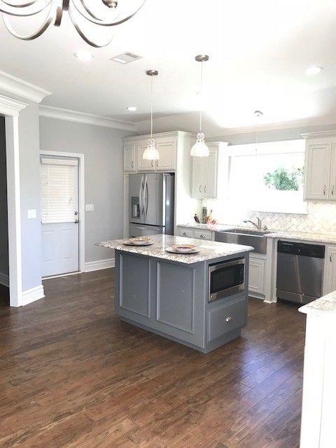 17-barrett-lane-kitchen-and-living-area