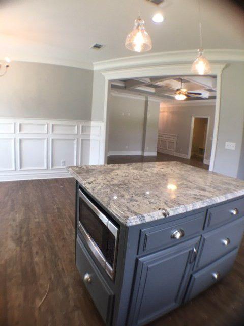 17-barrett-lane-kitchen-living-view
