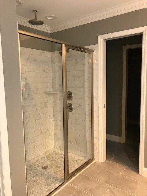 17-barrett-lane-master-shower