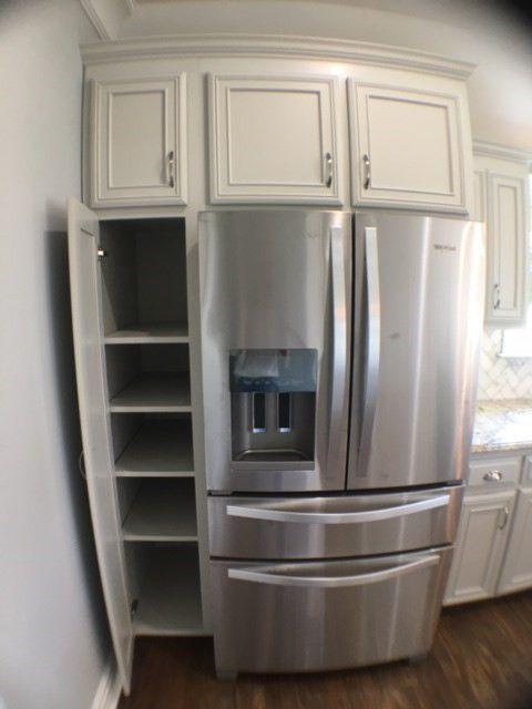 17-barrett-lane-pantry
