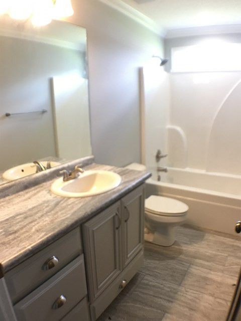 17-barrett-lane-second-bathroom