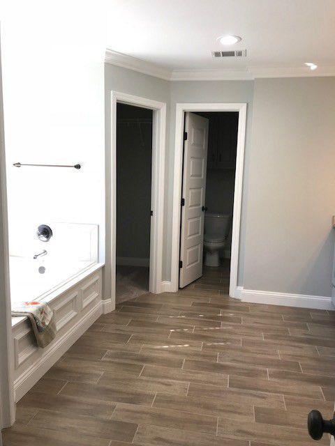 21-barrett-lane-master-bathroom-3