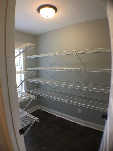 21-barrett-lane-walkin-closet