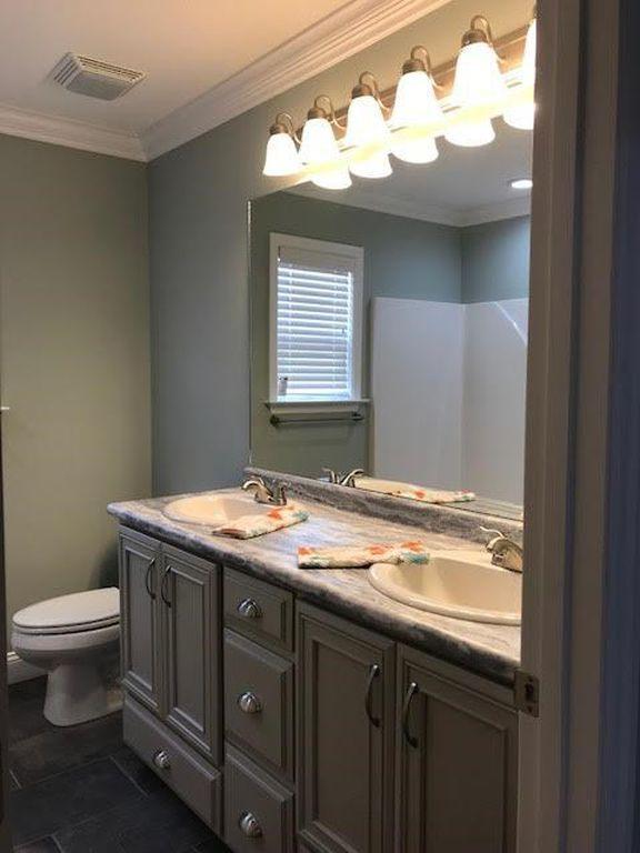 28-barrett-lane--bathroom-master