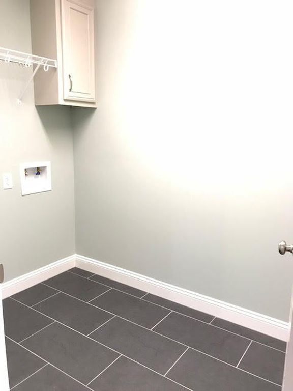 28-barrett-lane-laundry-room