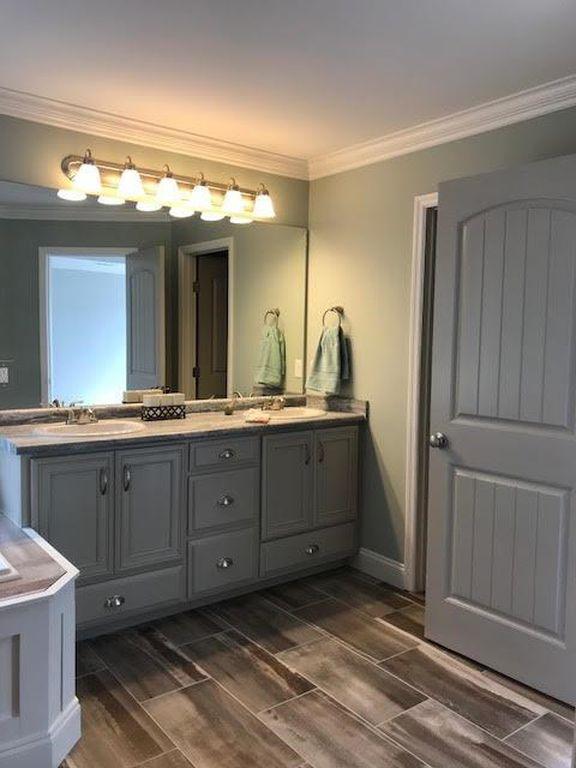 28-barrett-lane--master-bathroom